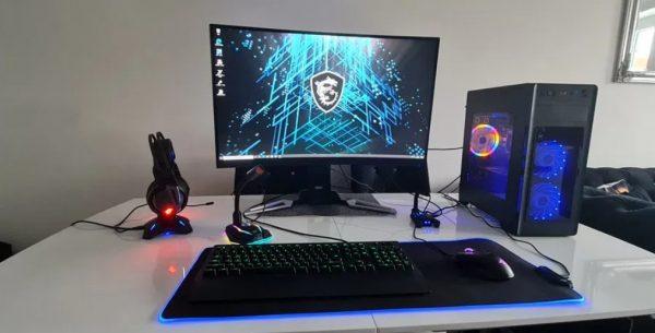 Gamingowy-komputer-msi fx