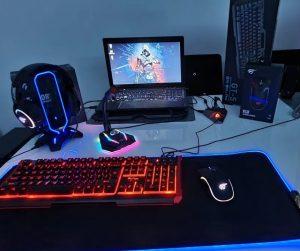 Gamingowy-laptop-Lenovo-i7