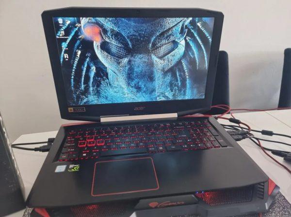 Gamingowy-laptop-Acer-Predator-i7